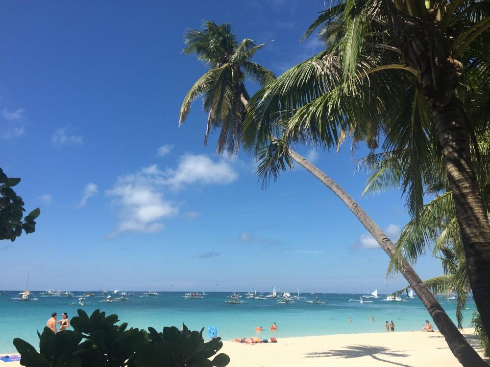White Beach (Biela pláž), Boracay, Philippines.