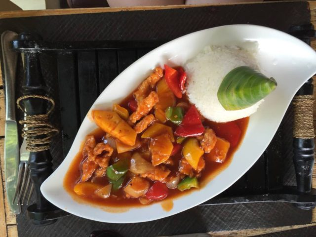 what to eat in asia sweet and sour chicken
