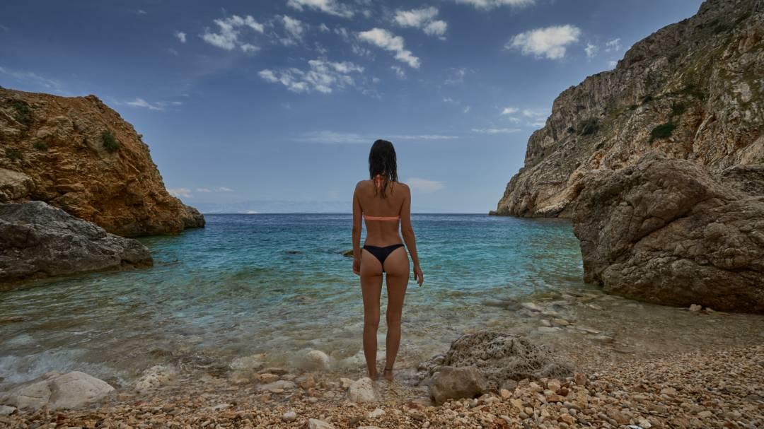 plaz mali bok cres chorvatsko